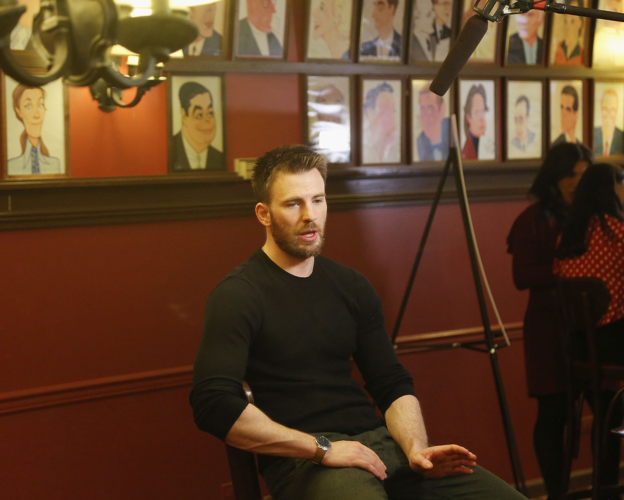 Feb 16 lobby hero cast meet greet 075 chris evans central rate this file no vote yet m4hsunfo