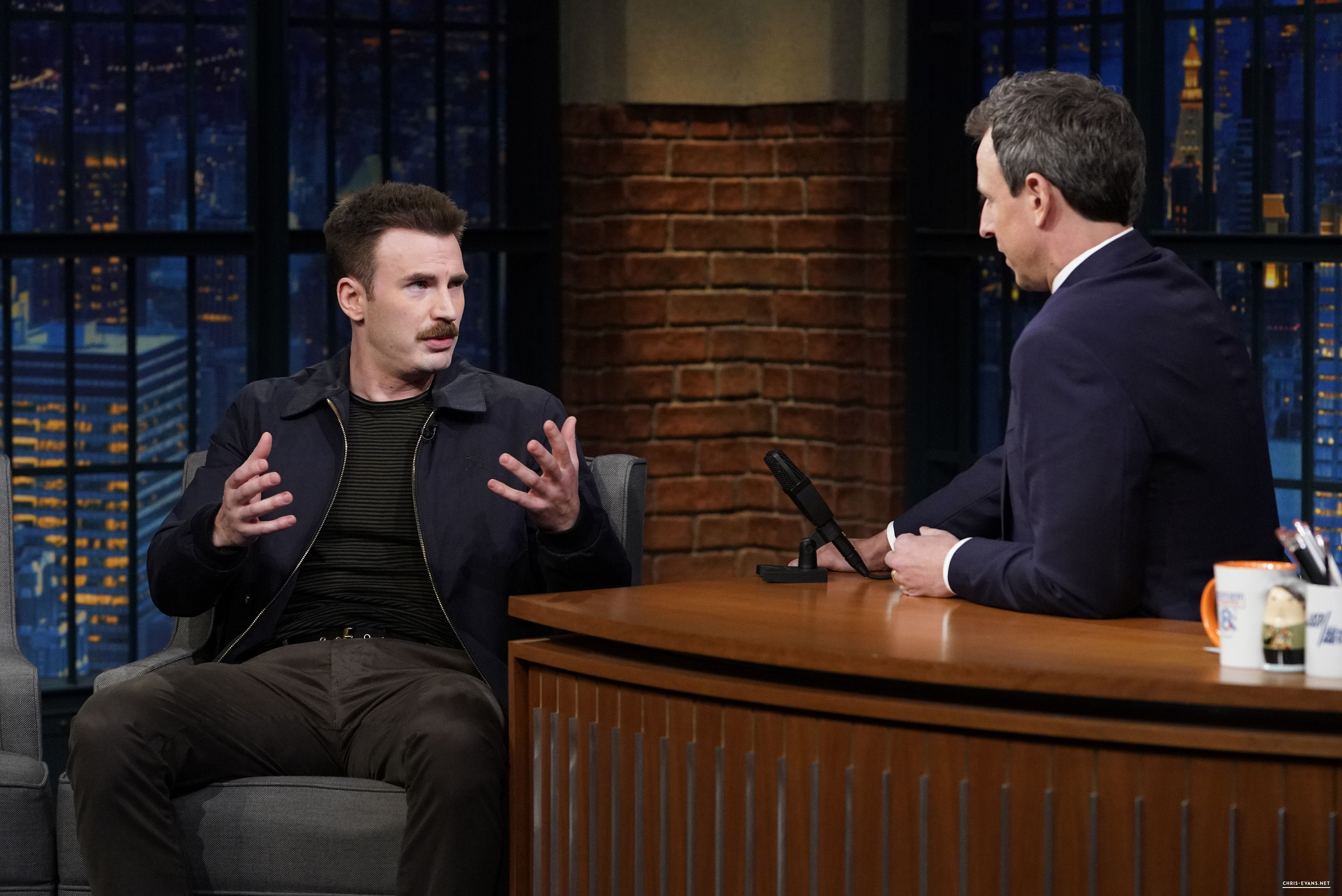 http://chris-evans.net/photos/albums/Appearances/2018/04%2023%20Late%20Night%20with%20Seth%20Meyers/002.jpg